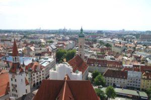 ペーター教会の尖塔から臨むミュンヘンの街並み